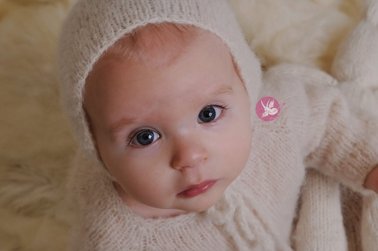 Her eyes though...   I   Bloomington, IN baby photographer