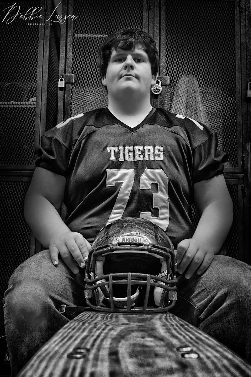 senior boy locker room picture debbie larson photography